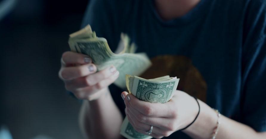 Wie Casinos Spieler dazu bringen, mehr Geld auszugeben